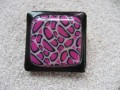 Very large square ring, fuchsia leopard motifs in fimo, on a black resin background