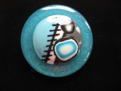 Very large ring, turquoise and gray cabochon in fimo, on turquoise resin background